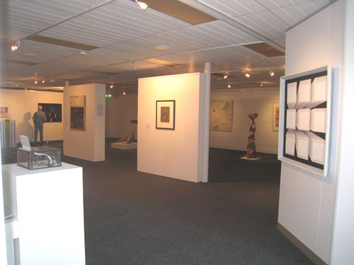 gallery4