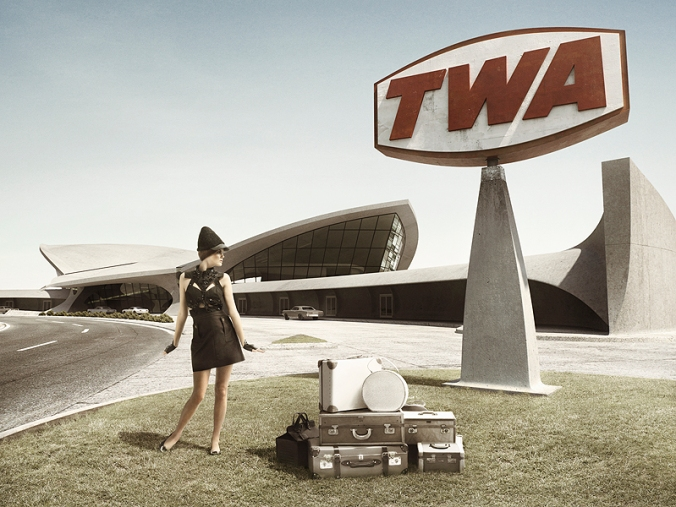 TWA_terminal_exterior